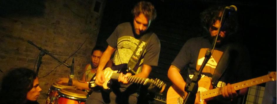 Show da banda Pé-Preto no Burburinho